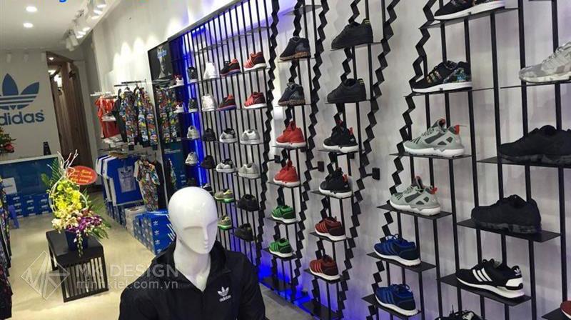 showroom Adidas-02