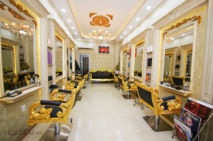 phong-cach-hair-salon-tan-co-dien