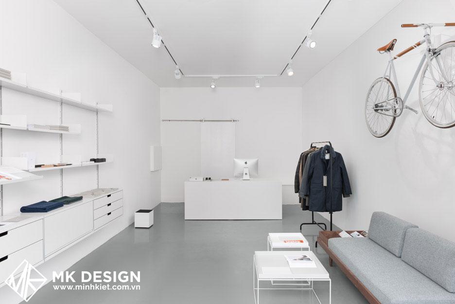 cửa hàng thời trang được thiết kế tối giản